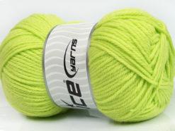 Lot of 4 x 100gr Skeins Ice Yarns SOFTLY BABY Hand Knitting Yarn Baby Green