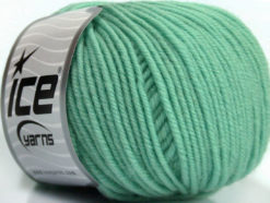 Lot of 6 Skeins Ice Yarns SUPERWASH MERINO Hand Knitting Yarn Mint Green