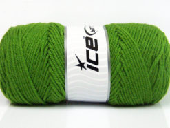 Lot of 4 x 100gr Skeins Ice Yarns SAVER 100 Hand Knitting Yarn Green