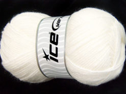 Lot of 4 x 100gr Skeins Ice Yarns FAVOURITE WOOL (50% Wool) Yarn White