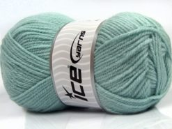 Lot of 4 x 100gr Skeins Ice Yarns Worsted FAVORITE Yarn Water Green
